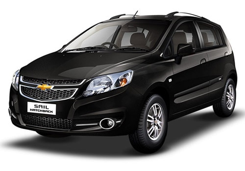 chevrolet sail hatchback price in india review pics