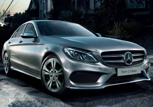 Mercedes benz c class pictures see interior exterior for Mercedes benz roadside assistance telephone number