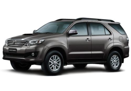 Toyota Fortuner 4x4 MT picture