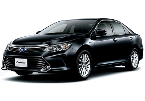 Toyota Camry Price In India Review Pics Specs Amp Mileage
