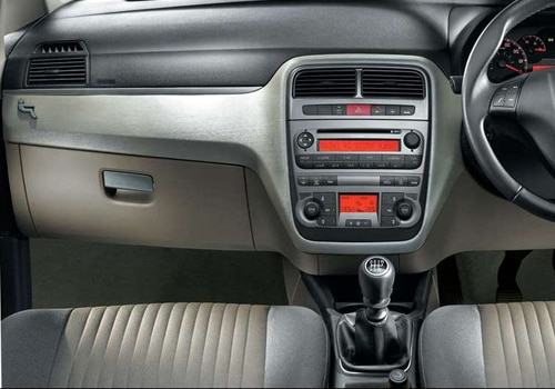 fiat india to open 125 dealerships by 2013 end cardekho