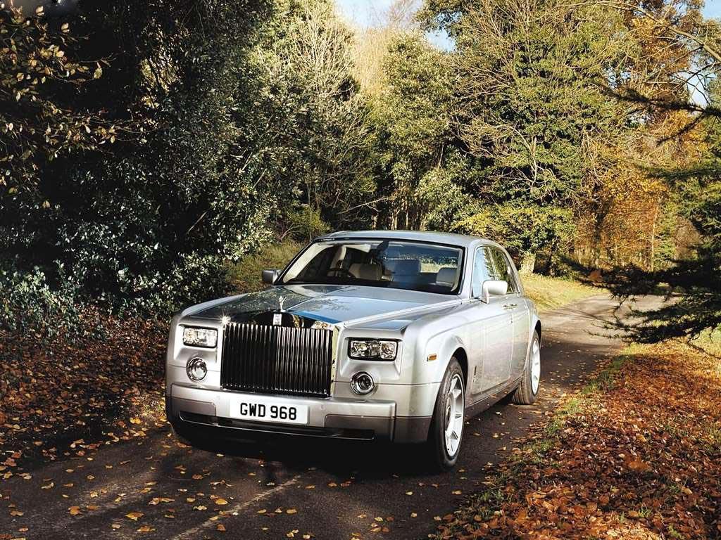 Download Rolls Royce Wallpaper Cardekho Com
